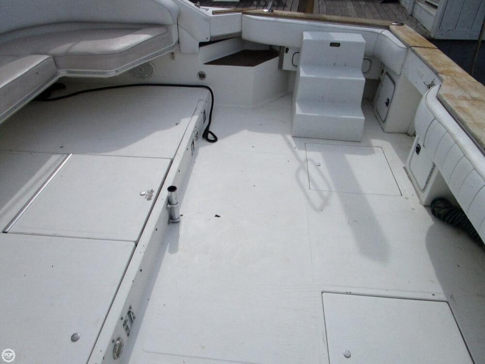 1989 Sea Ray 460 Express Cruiser - Photo #19
