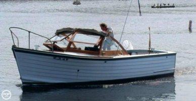 MacKenzie 26 Cuttyhunk, 26', for sale - $17,500