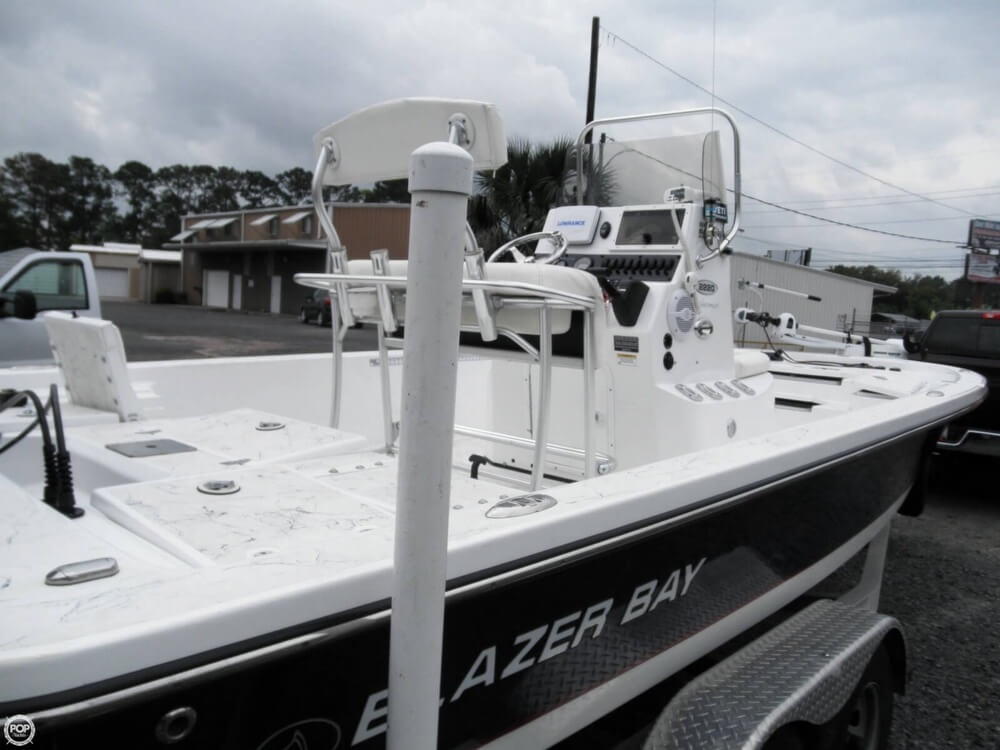 2013 Blazer Bay 2220 Fisherman - Photo #28