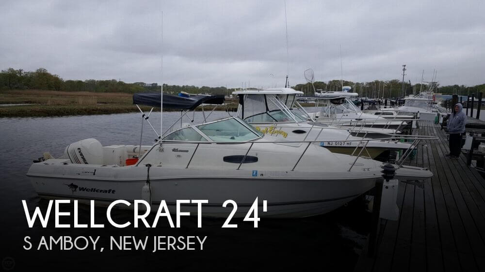 2002 Wellcraft 24 Walkaround - Photo #1