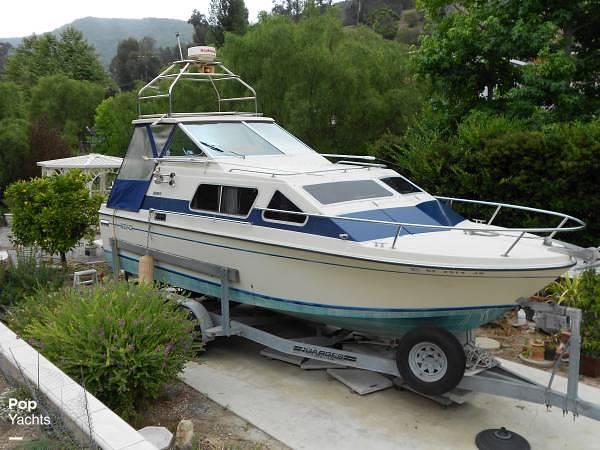 1983 Skipjack boat for sale, model of the boat is 25 Cabin Cruiser & Image # 2 of 40