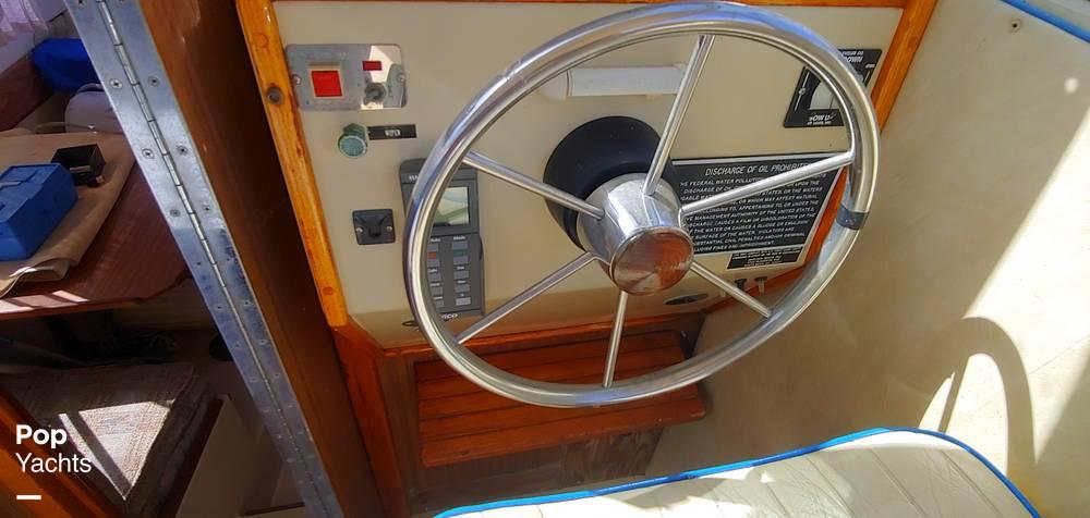 1983 Skipjack boat for sale, model of the boat is 25 Cabin Cruiser & Image # 6 of 40