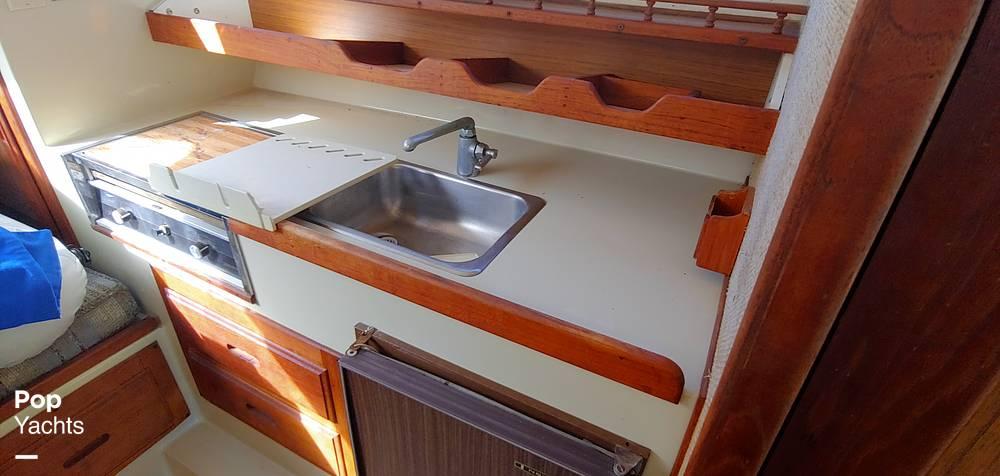 1983 Skipjack boat for sale, model of the boat is 25 Cabin Cruiser & Image # 4 of 40