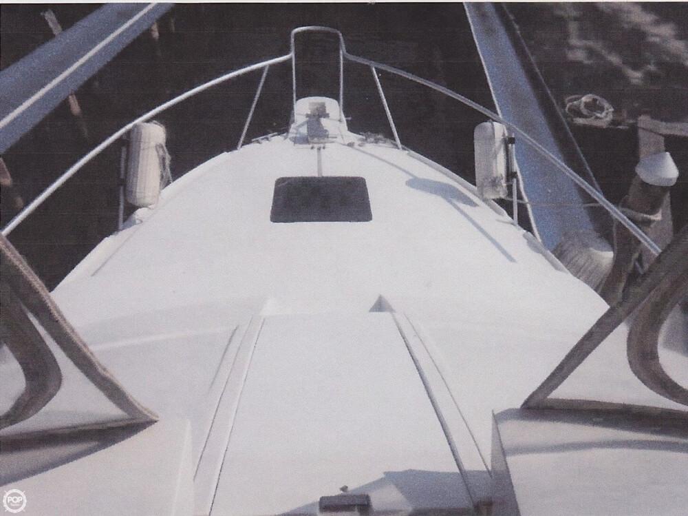 1995 Mainship 31 Sedan Bridge - Photo #8