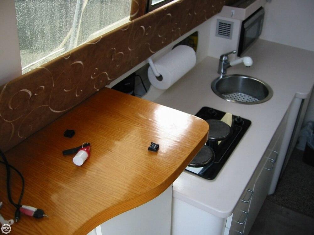1995 Mainship 31 Sedan Bridge - Photo #31