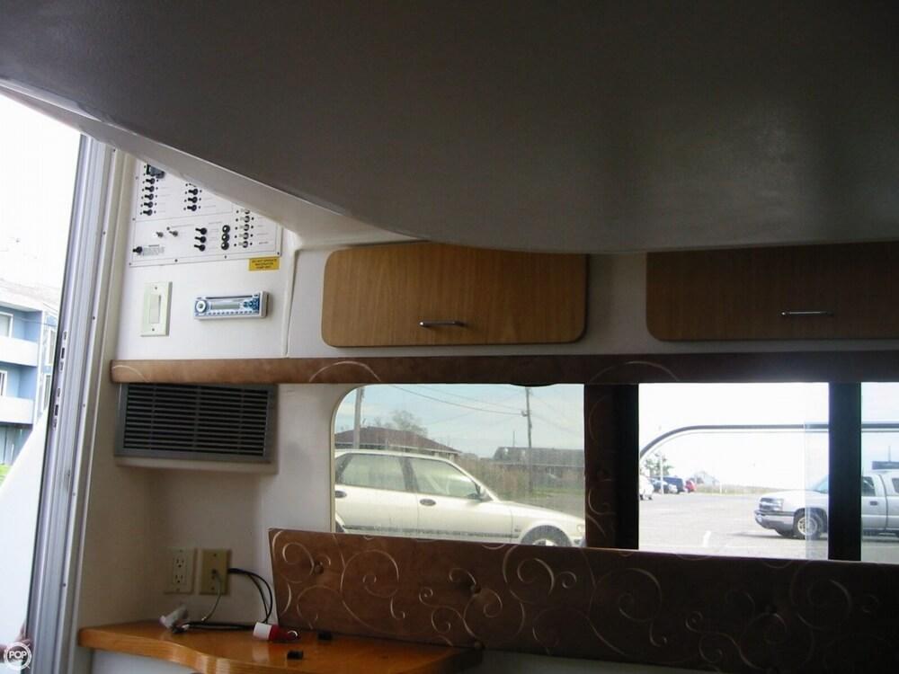 1995 Mainship 31 Sedan Bridge - Photo #39