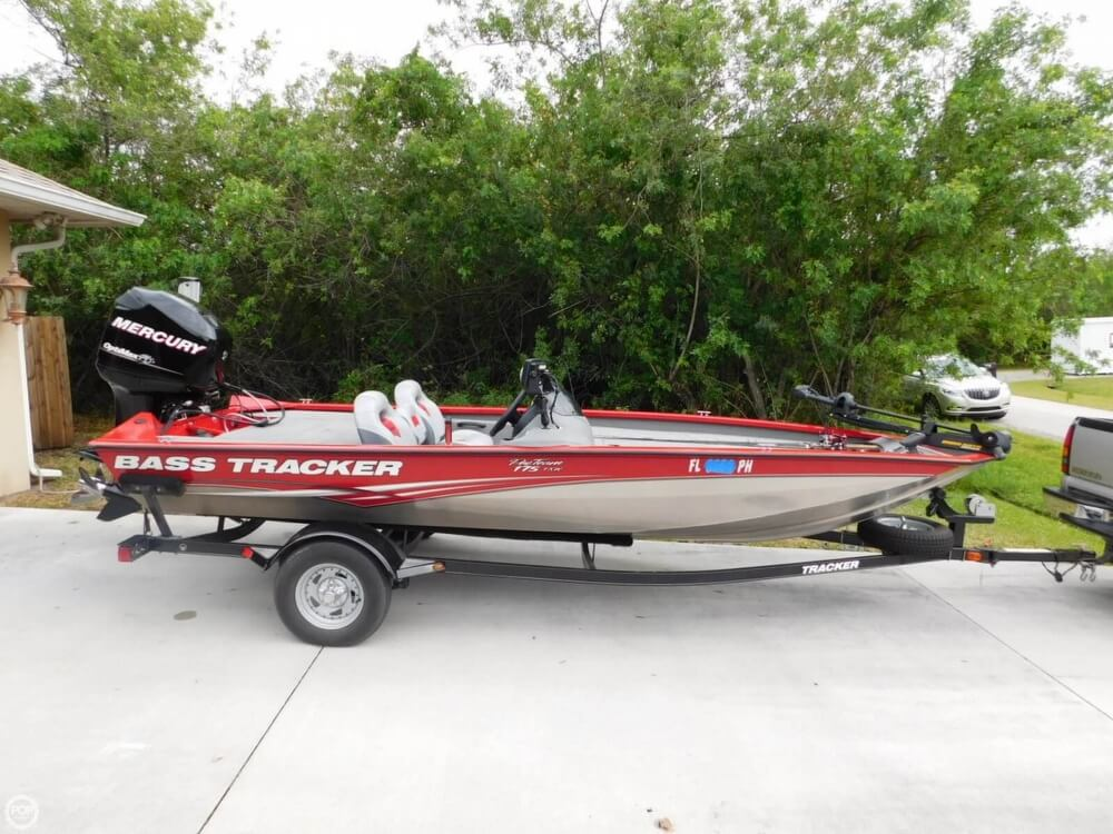 Boats for sale fishing boats bass tracker pro for Bass pro fishing sale