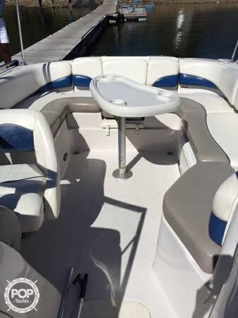 2005 Tahoe 222 Deck Boat - Photo #4