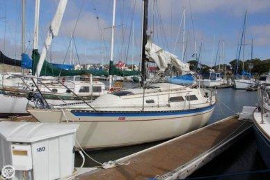 Islander 28, 27', for sale - $11,500