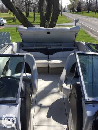 2003 Crownline 225 LPX - Photo #4