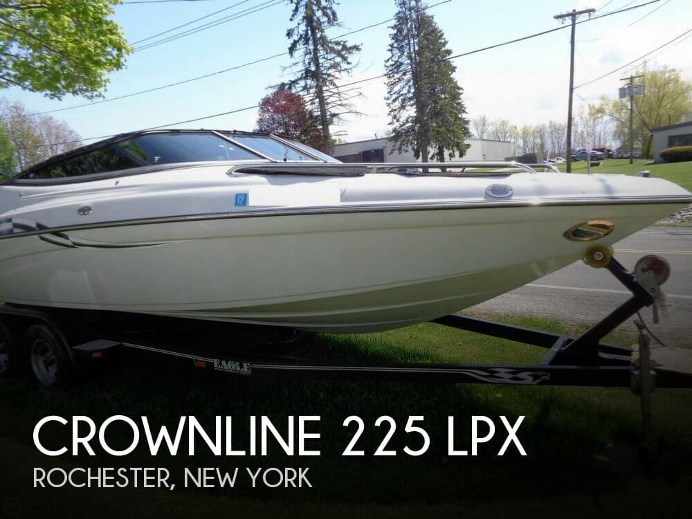 2003 Crownline 225 LPX - Photo #1