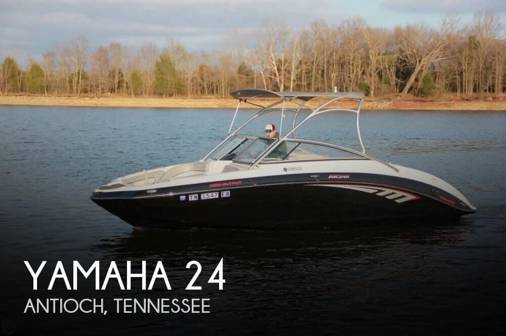 2011 Yamaha 24 - Photo #1