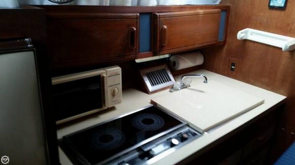 1985 Cruisers 29 - Photo #8