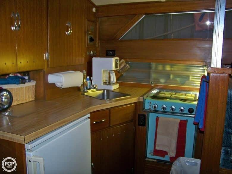 1964 Chris Craft 38 Commander Flybridge Express - Photo #35