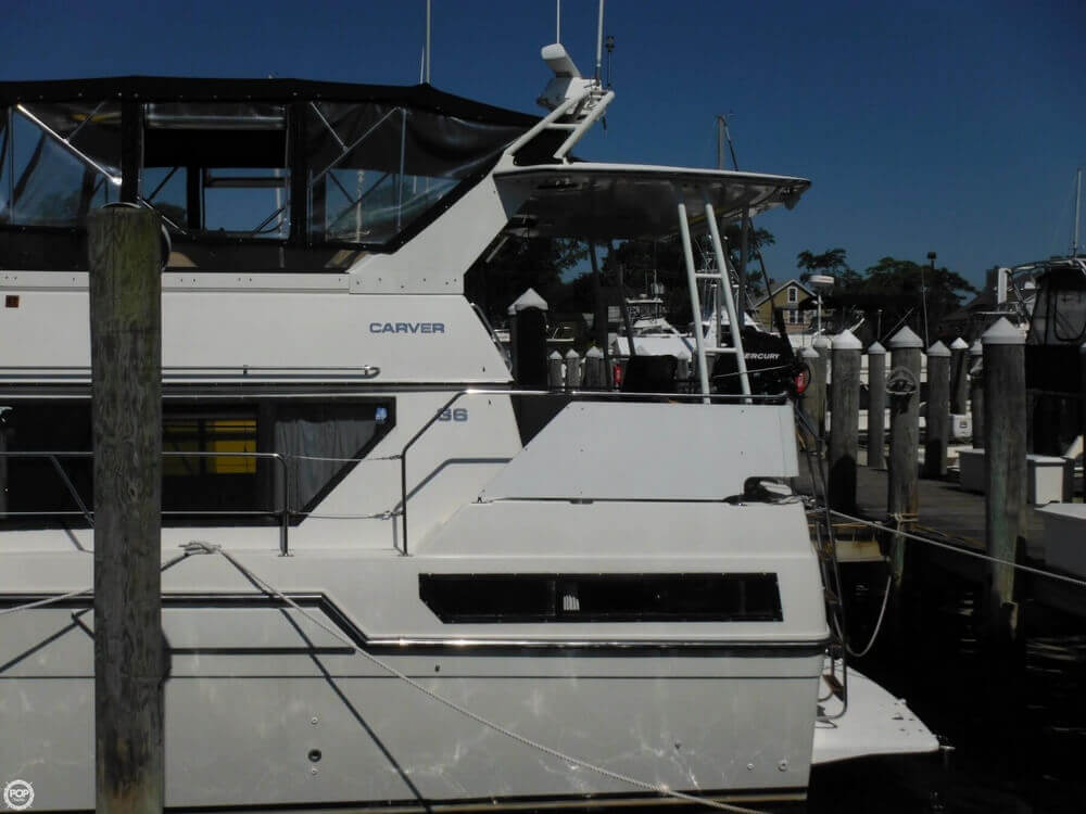 1991 Carver boat for sale, model of the boat is 36 Aft Cabin & Image # 14 of 40