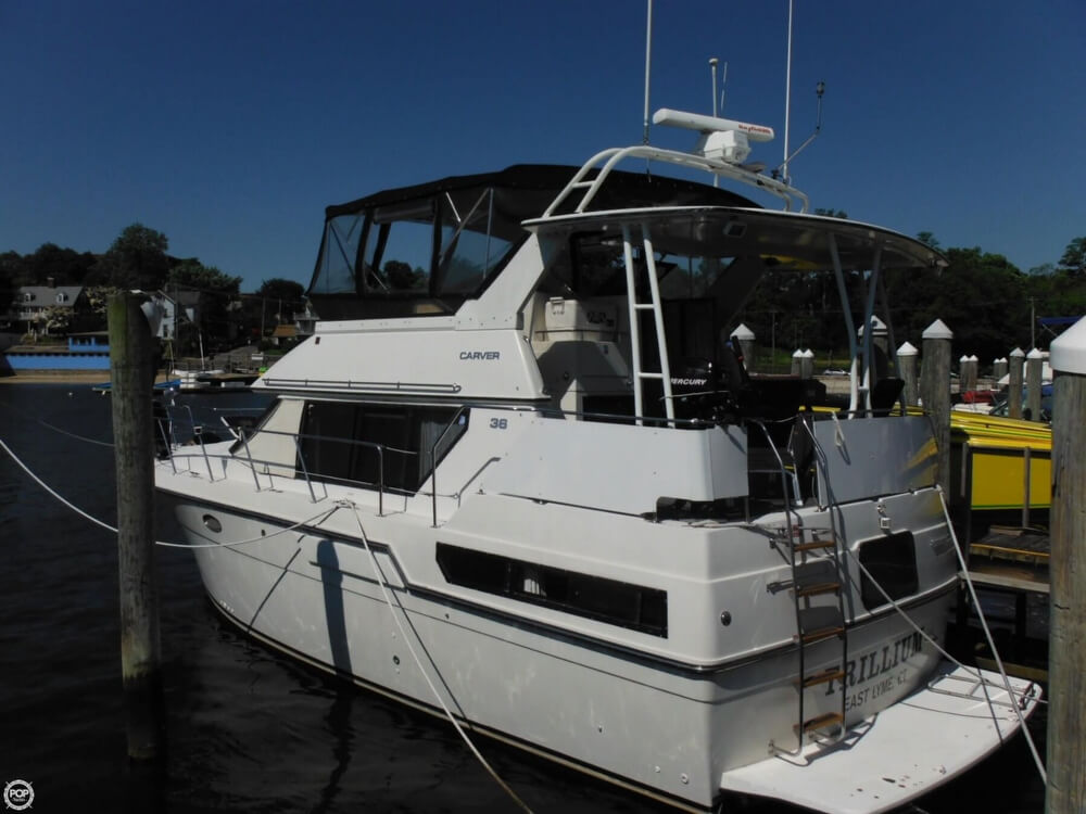1991 Carver boat for sale, model of the boat is 36 Aft Cabin & Image # 15 of 40