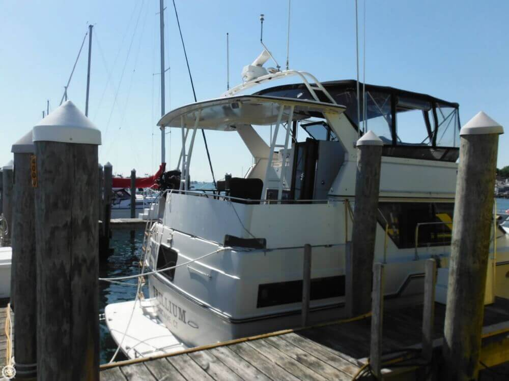 1991 Carver boat for sale, model of the boat is 36 Aft Cabin & Image # 17 of 40