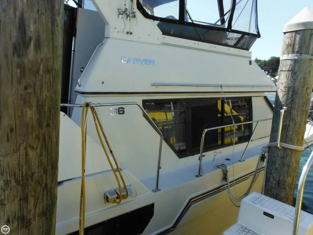 1991 Carver boat for sale, model of the boat is 36 Aft Cabin & Image # 19 of 40