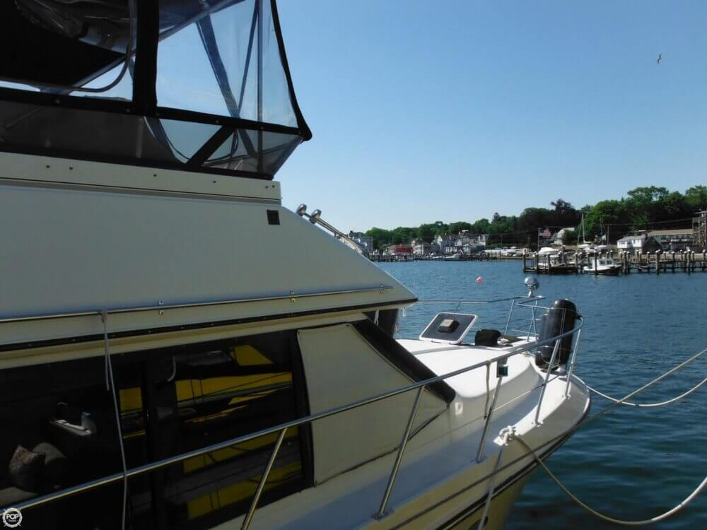 1991 Carver boat for sale, model of the boat is 36 Aft Cabin & Image # 20 of 40