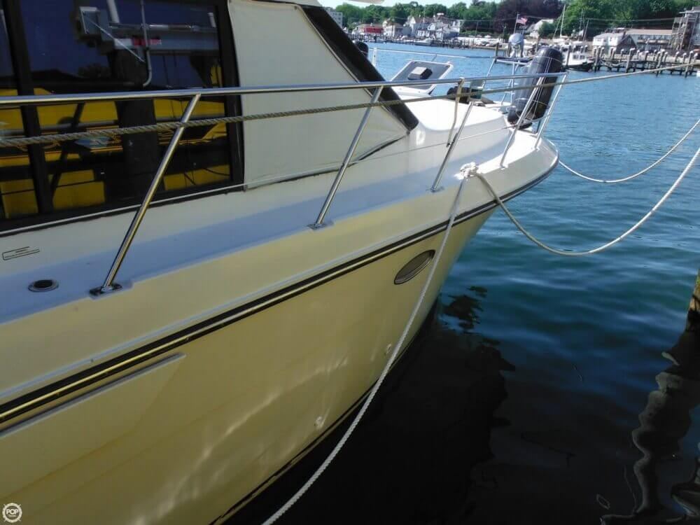 1991 Carver boat for sale, model of the boat is 36 Aft Cabin & Image # 21 of 40
