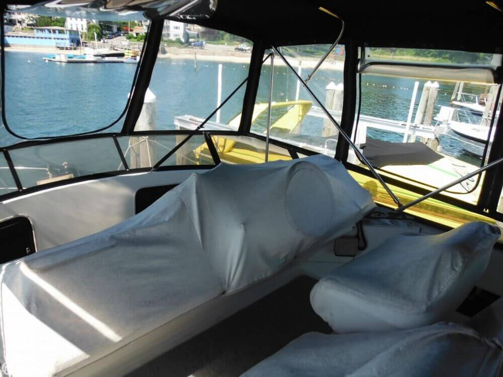 1991 Carver boat for sale, model of the boat is 36 Aft Cabin & Image # 24 of 40