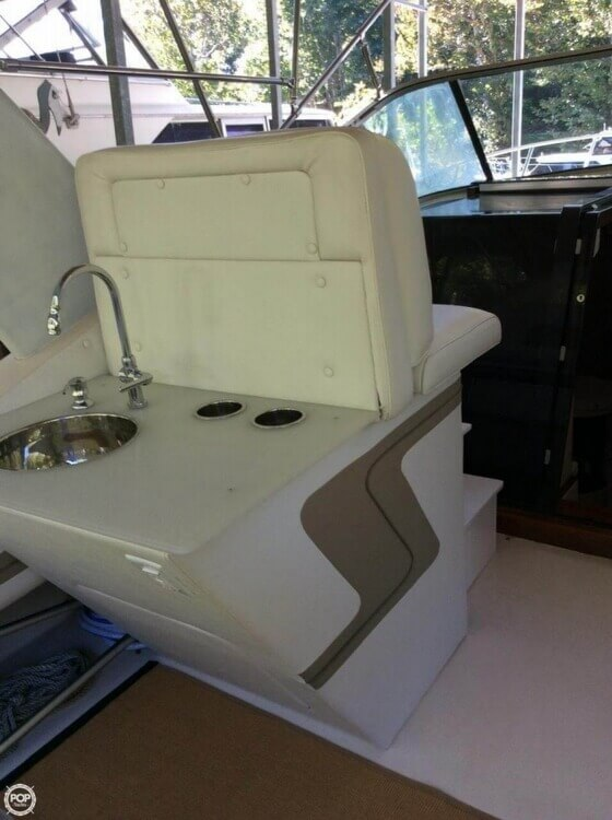 1986 Wellcraft 33 - Photo #5
