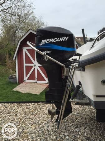 2001 Boston Whaler 23 Outrage - Photo #5