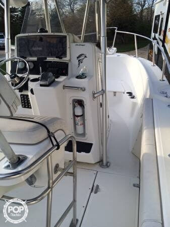 2001 Boston Whaler 23 Outrage - Photo #11