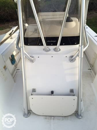 2001 Boston Whaler 23 Outrage - Photo #23