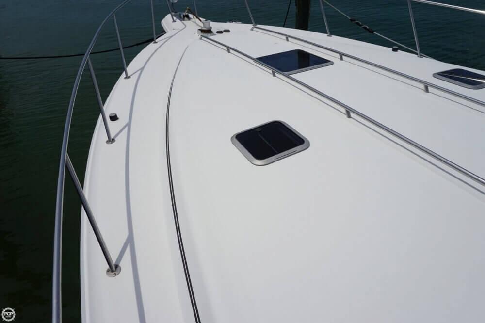1991 Sea Ray 420 Sundancer - Photo #36
