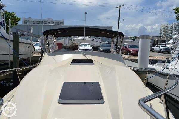 1989 Boston Whaler 32 - Photo #4
