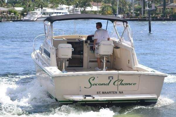 1989 Boston Whaler 32 - Photo #9