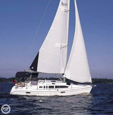 Hunter 36, 38', for sale - $84,800
