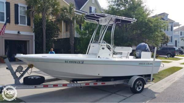 2012 Sea Hunt 19 - Photo #2