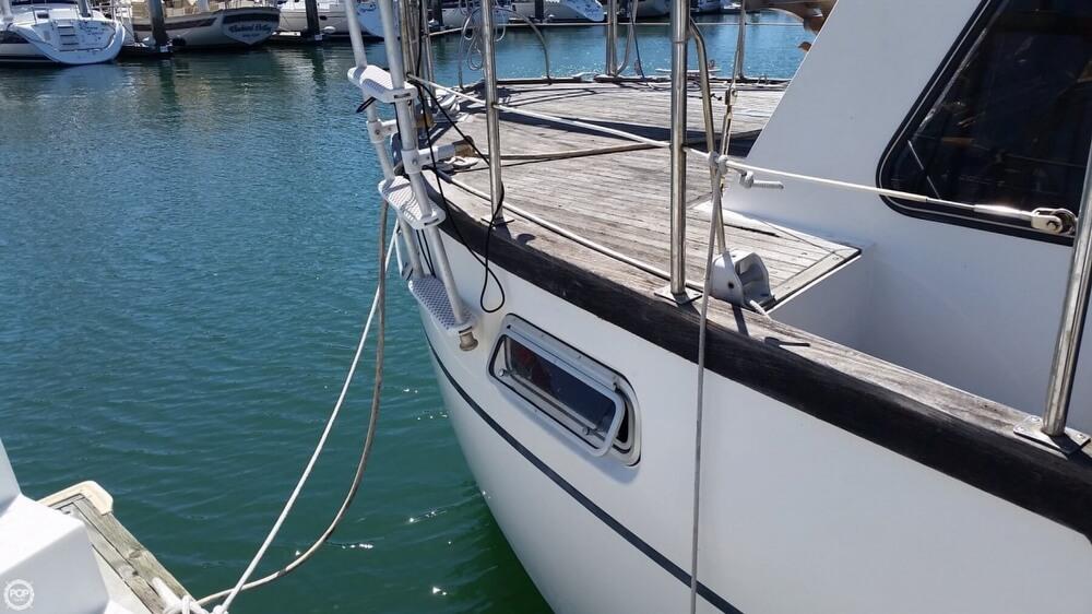 1986 Nauticat 33 - Photo #17