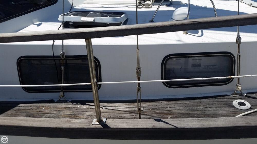 1986 Nauticat 33 - Photo #25