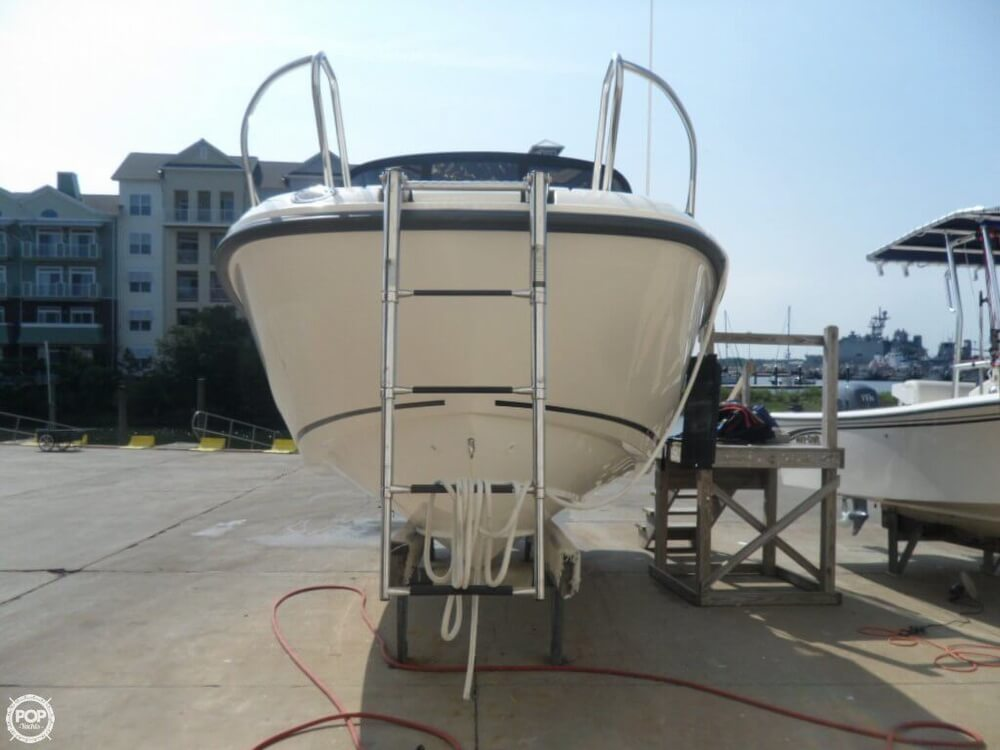 2014 Boston Whaler 23 - Photo #12