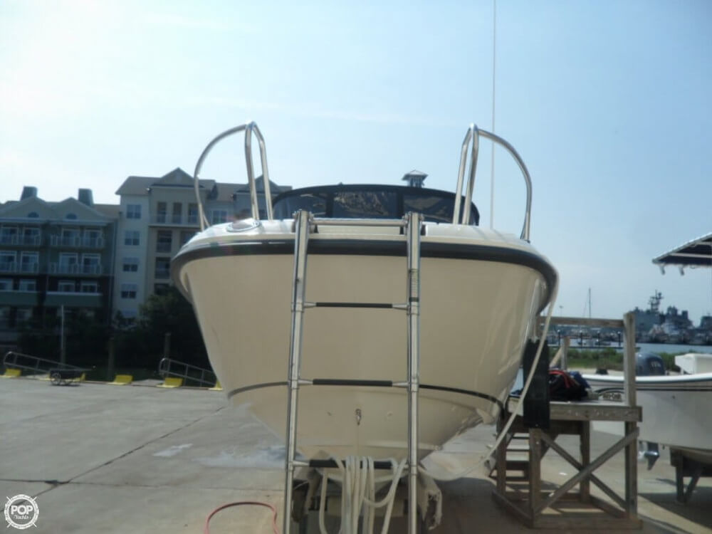 2014 Boston Whaler 23 - Photo #13