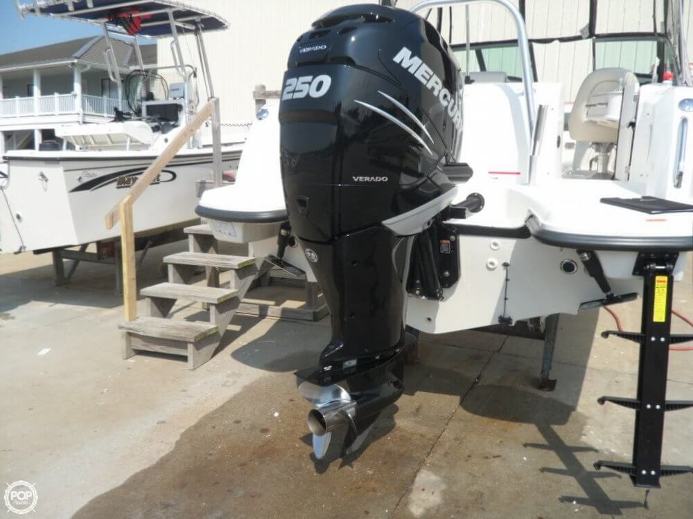 2014 Boston Whaler 23 - Photo #21