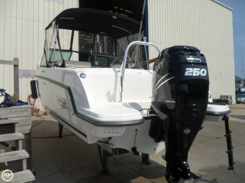 2014 Boston Whaler 23 - Photo #23