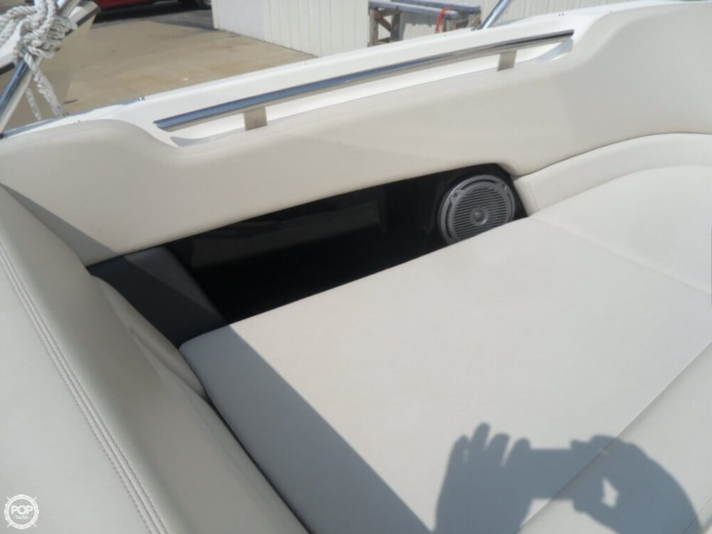 2014 Boston Whaler 23 - Photo #26