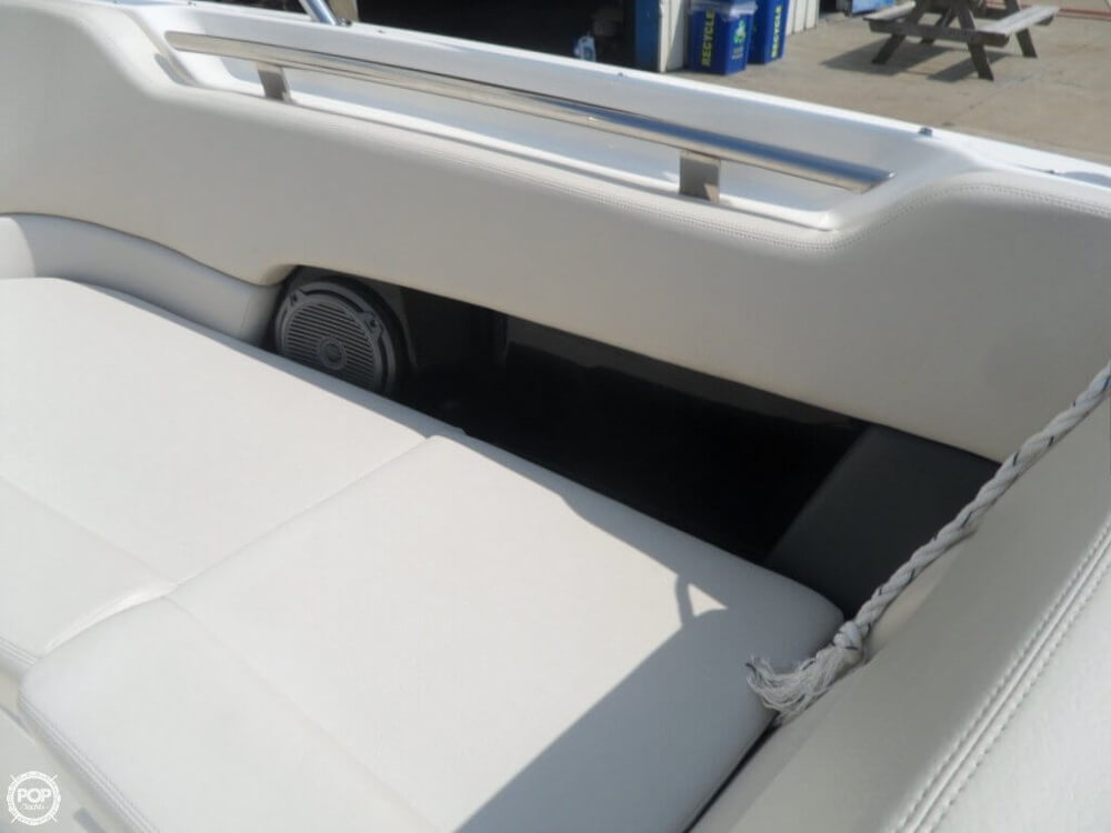 2014 Boston Whaler 23 - Photo #28