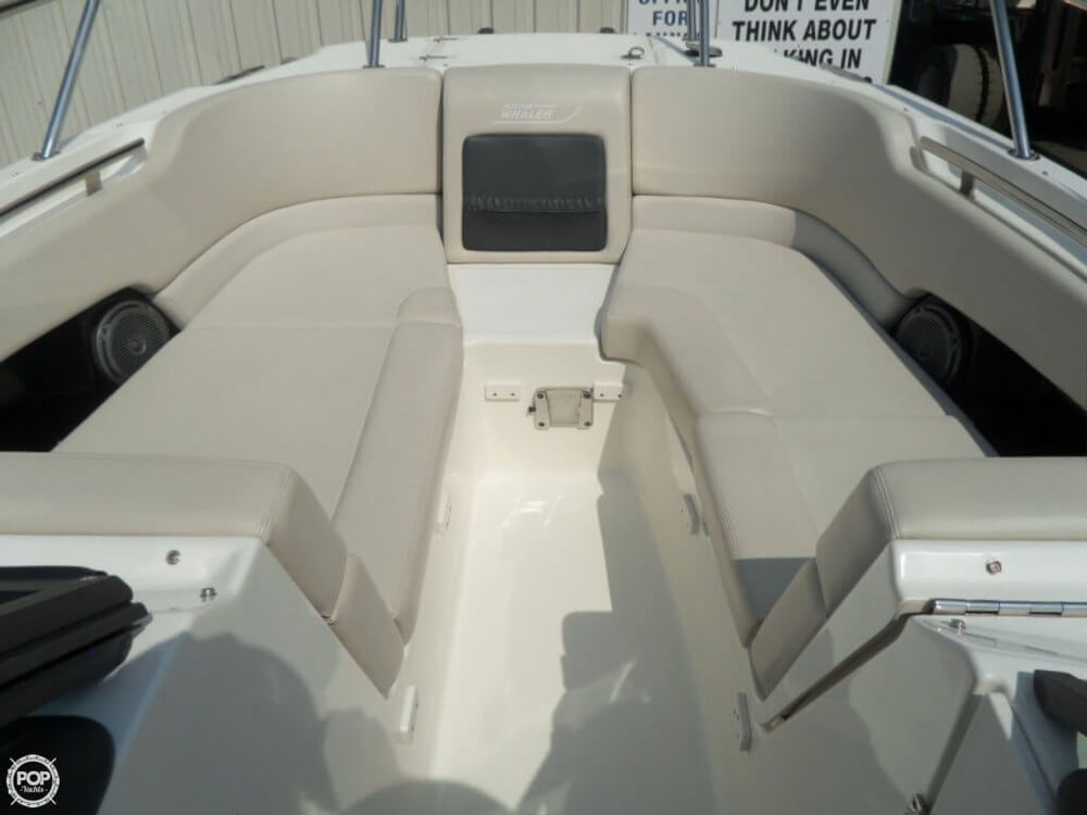 2014 Boston Whaler 23 - Photo #30