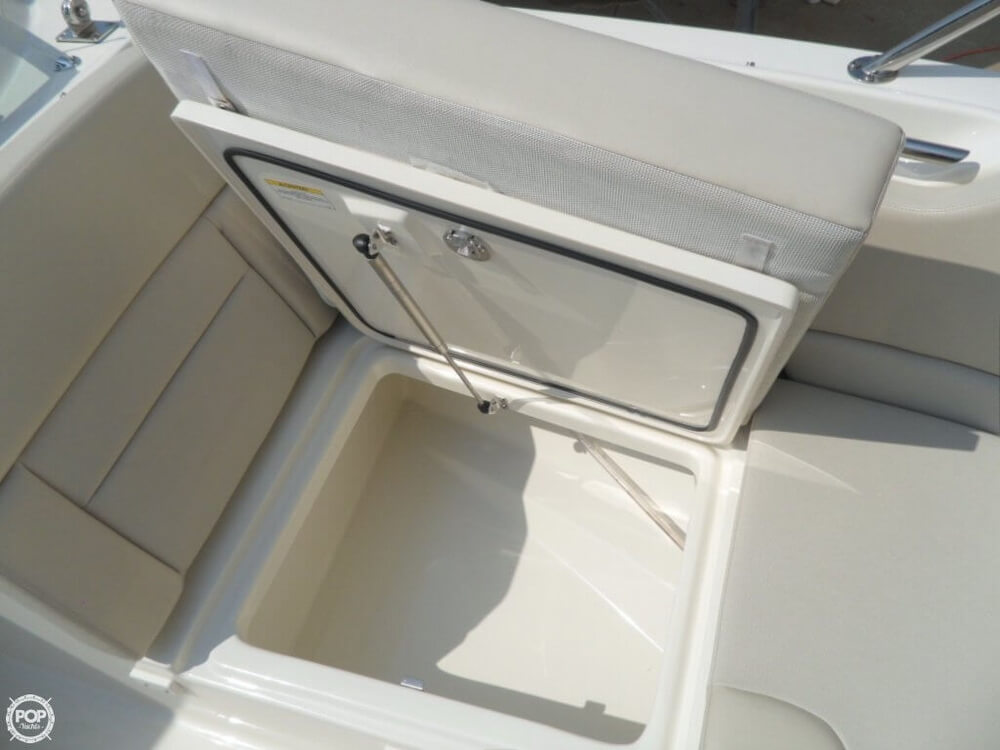 2014 Boston Whaler 23 - Photo #32