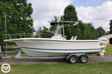 Bayliner Trophy 2503 CC, 25', for sale - $21,000