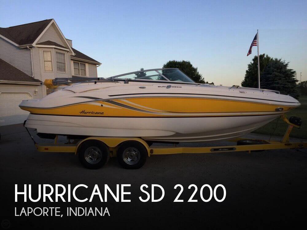 2013 Hurricane 22 - Photo #1