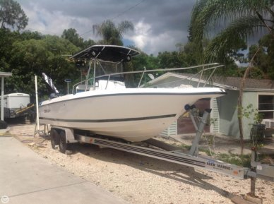 Century 2600 CC, 28', for sale - $27,000
