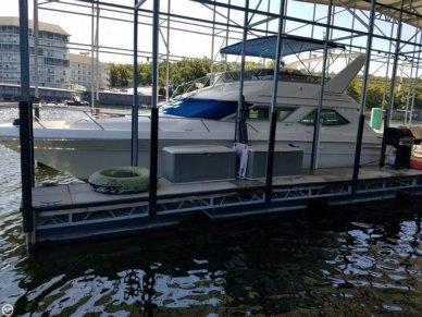 Sea Ray 440 Express Bridge, 47', for sale - $69,900