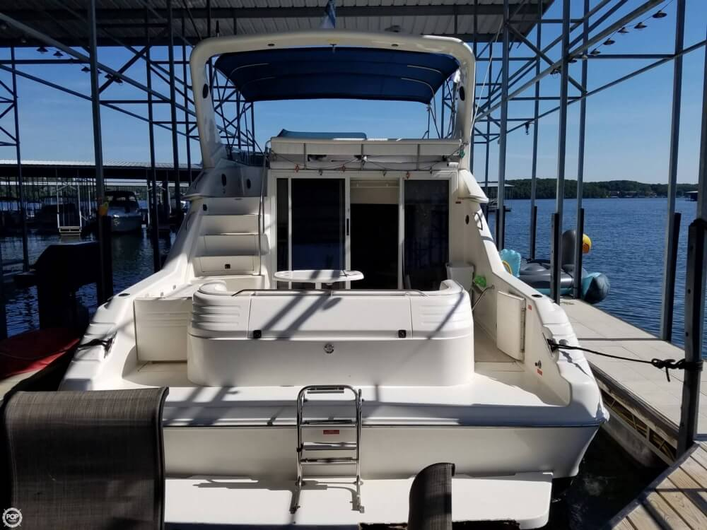 1994 Sea Ray boat for sale, model of the boat is 440 Express Bridge & Image # 3 of 40