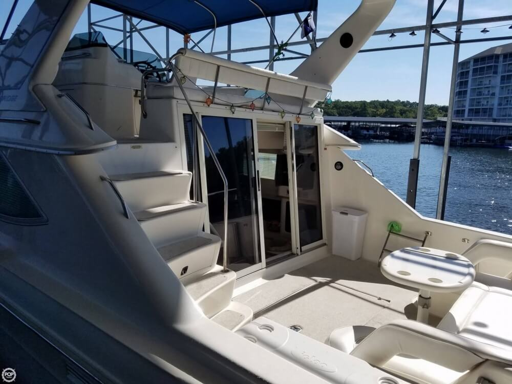 1994 Sea Ray boat for sale, model of the boat is 440 Express Bridge & Image # 7 of 40